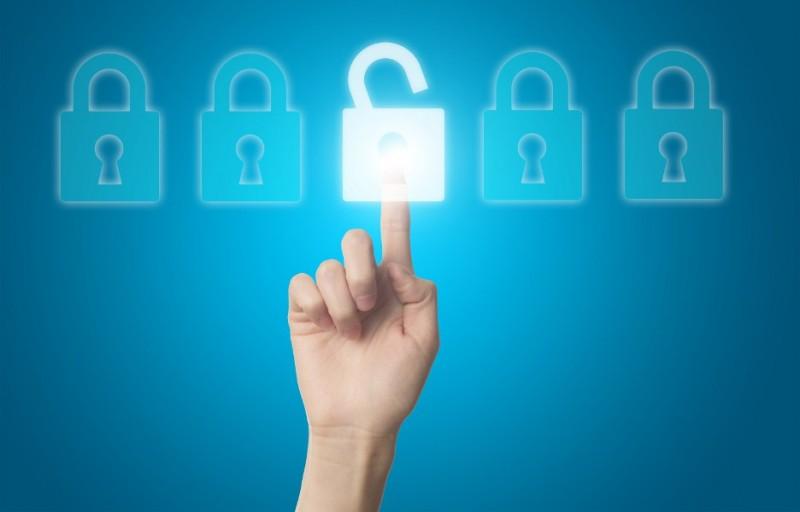 Sancionada lei que regulamenta uso de dados pessoais