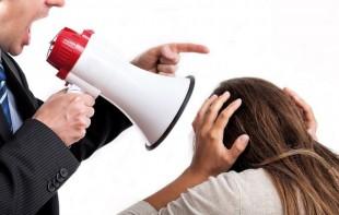 Cobrança de serviço e rispidez do chefe não geram dano moral, entende TRT-4