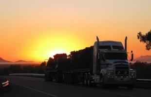Pernoite em caminhão não é considerado tempo à disposição do empregador